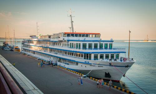 Порт Одессы стал лидером среди портов Украины по пассажиропотокам за 2018 год