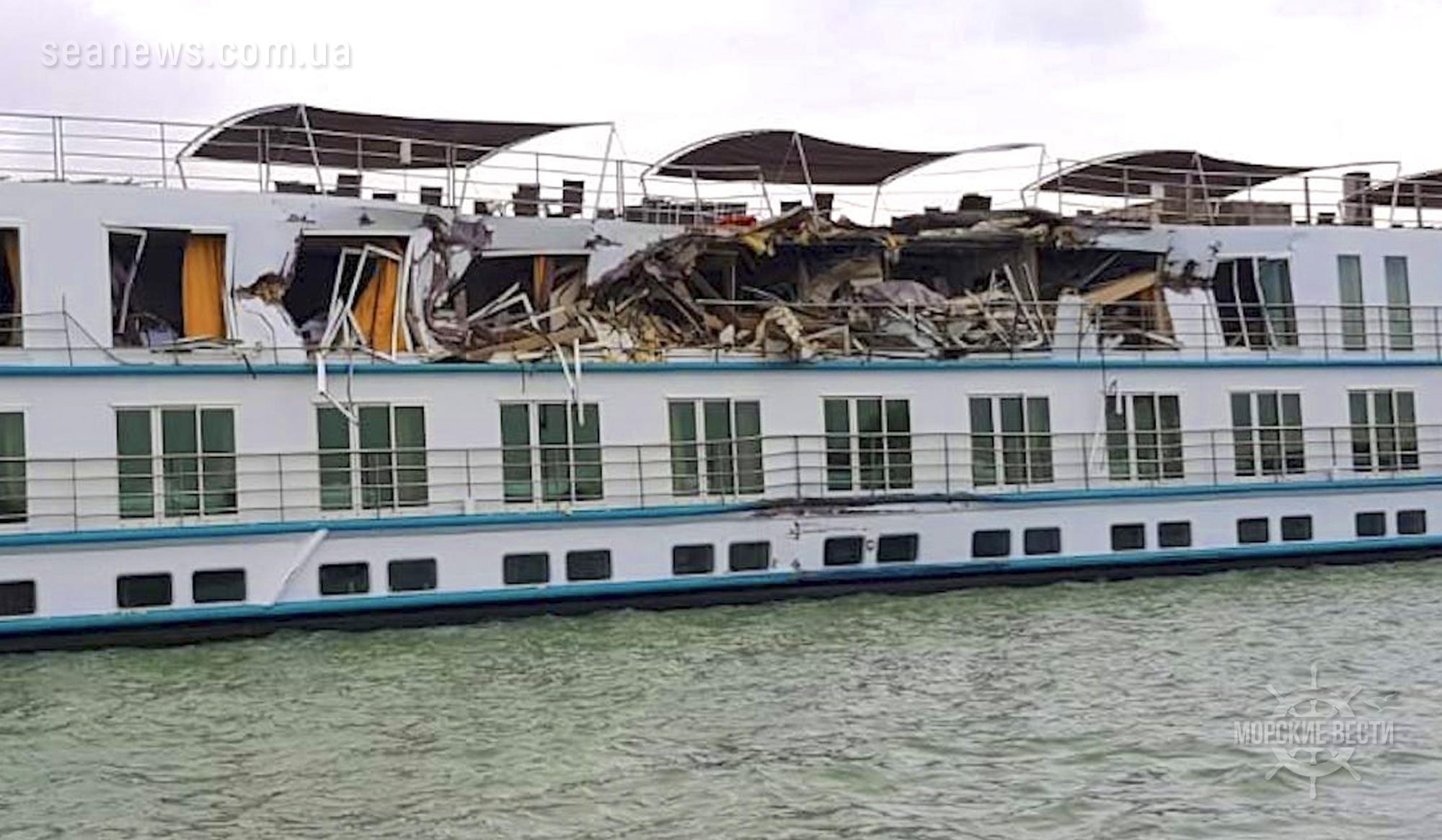 На Дунае столкнулись пассажирский лайнер и грузовое судно