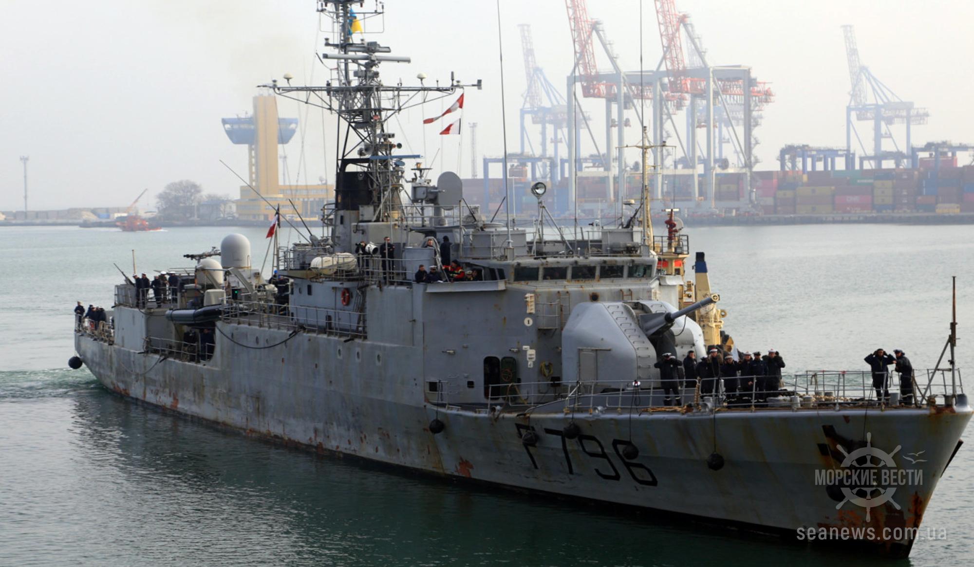 В одесский порт зашел французский военный корвет