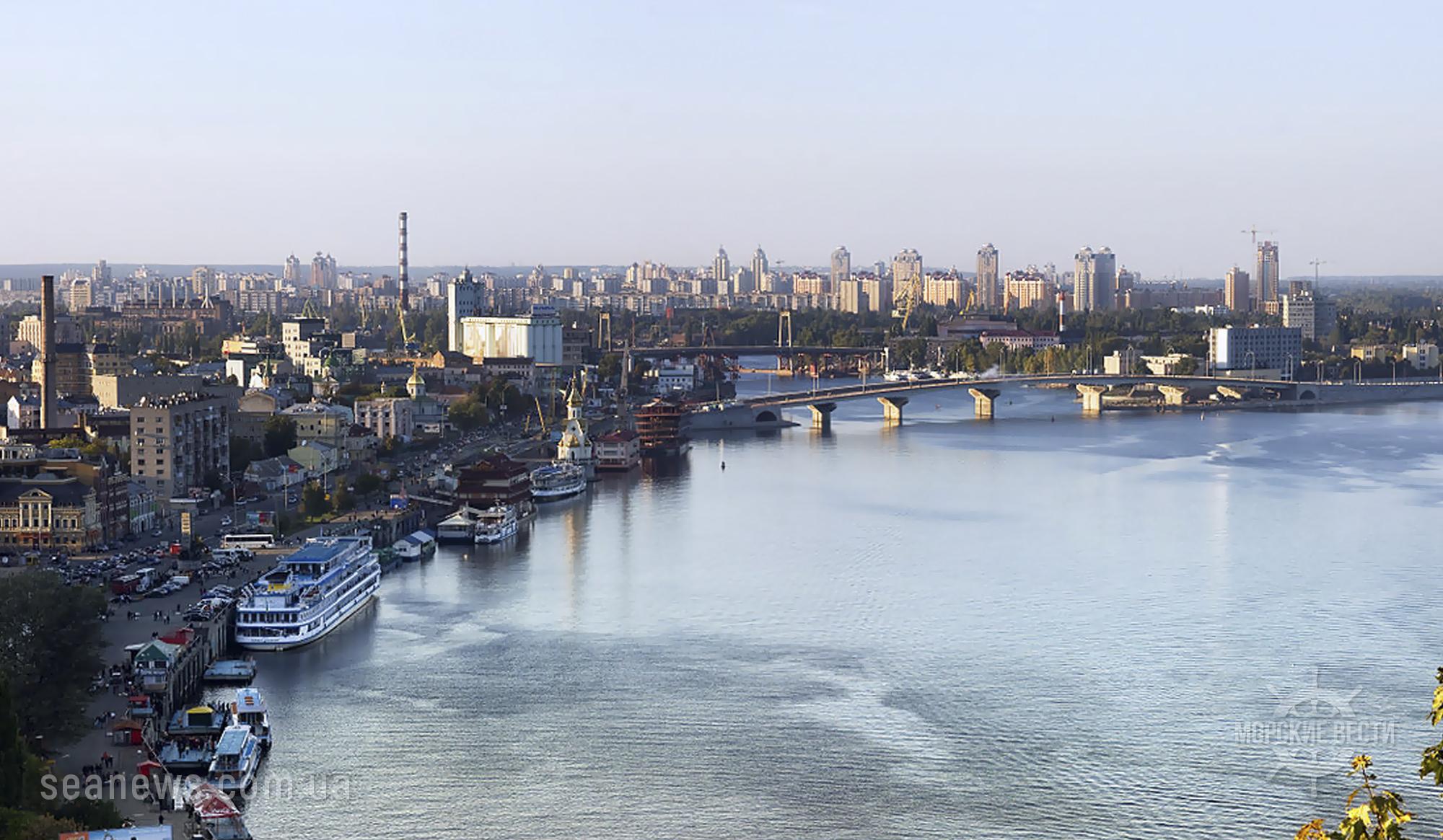 Морская администрация Украины продлила навигацию на Днепре