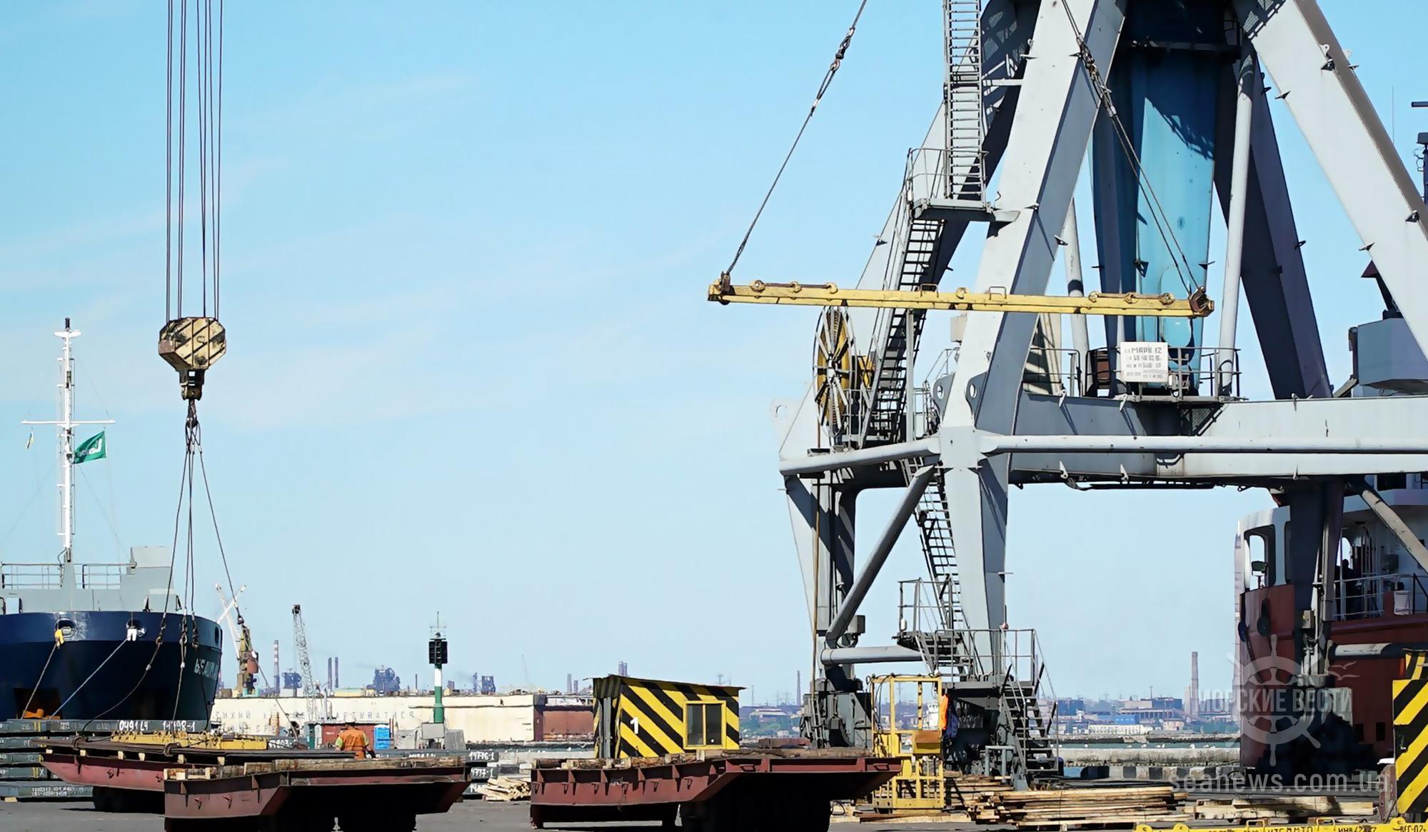В порту Мариуполя возведут крытый склад металлопродукции