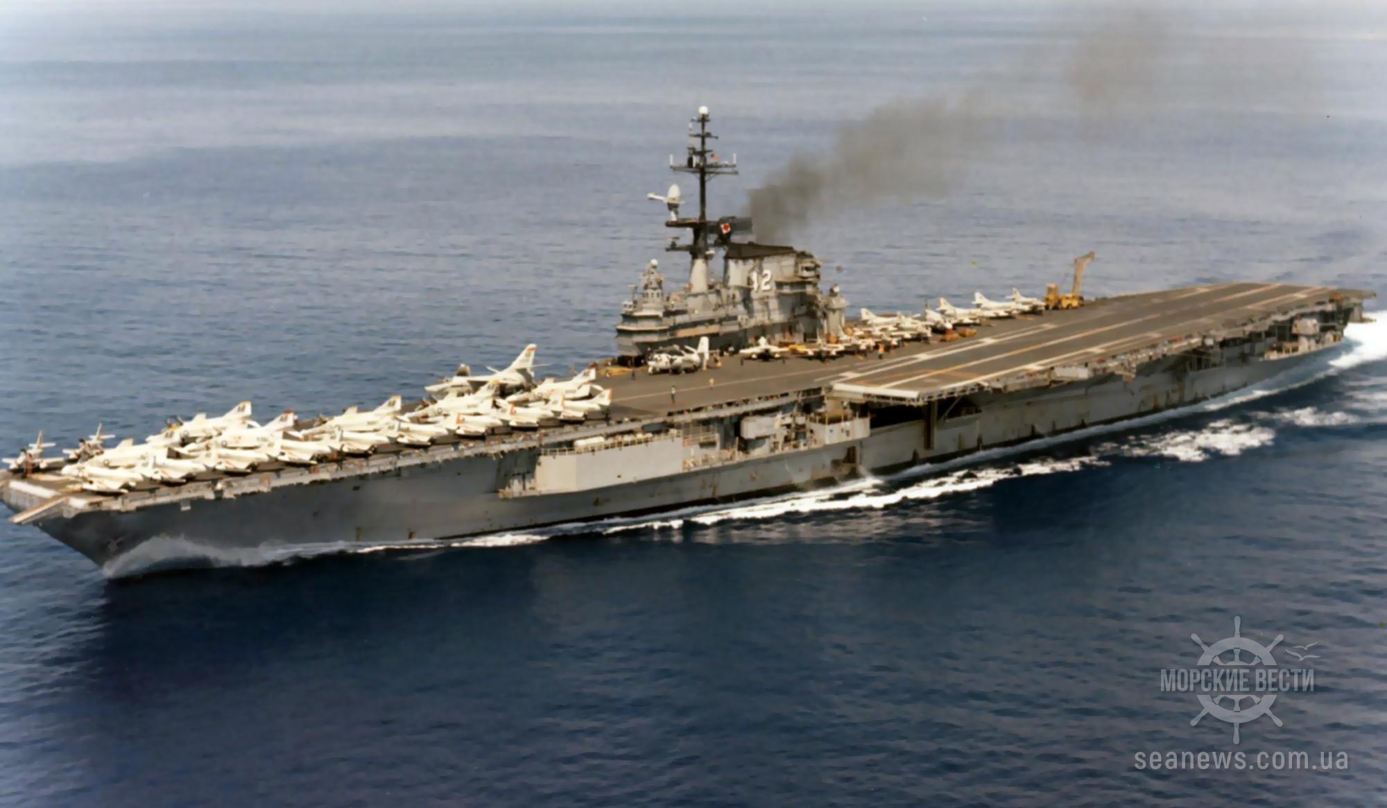 Моряки на авианосце США заразились коронавирусом