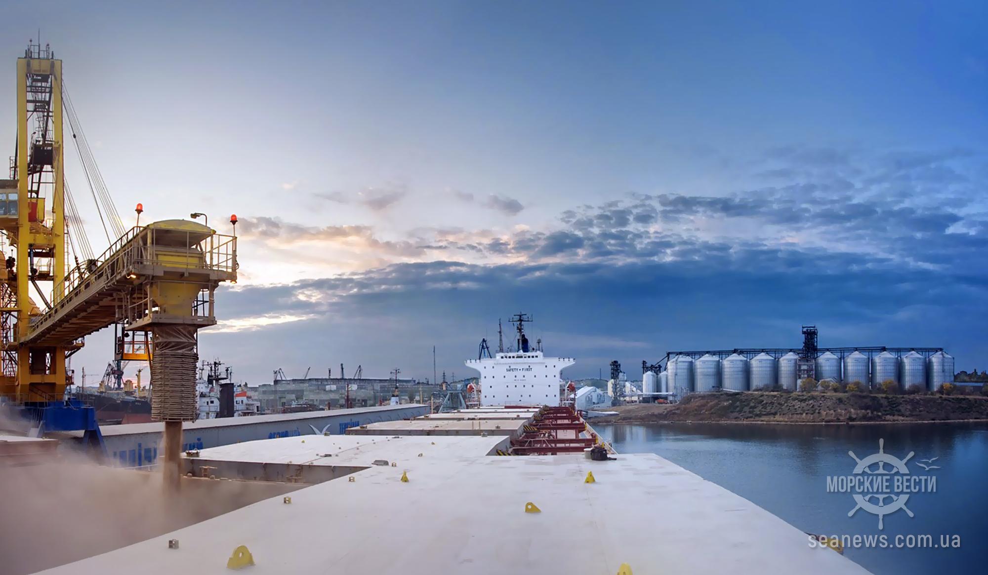 Пятерка морских портов-лидеров перевалила 91% всех хлебных грузов в Украине