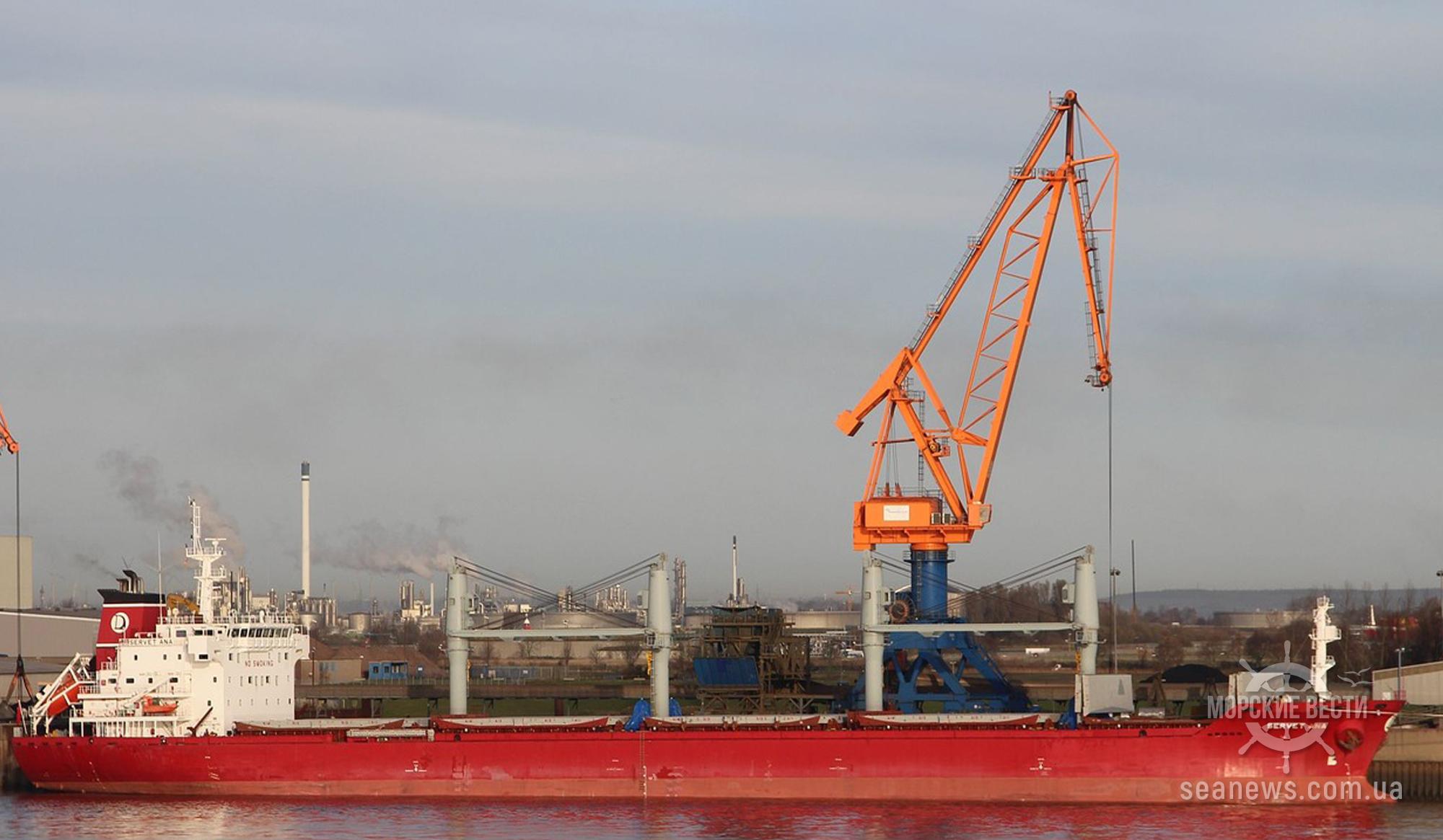 На танкере DI GIUNTA E произошел пожар в машинном отделении