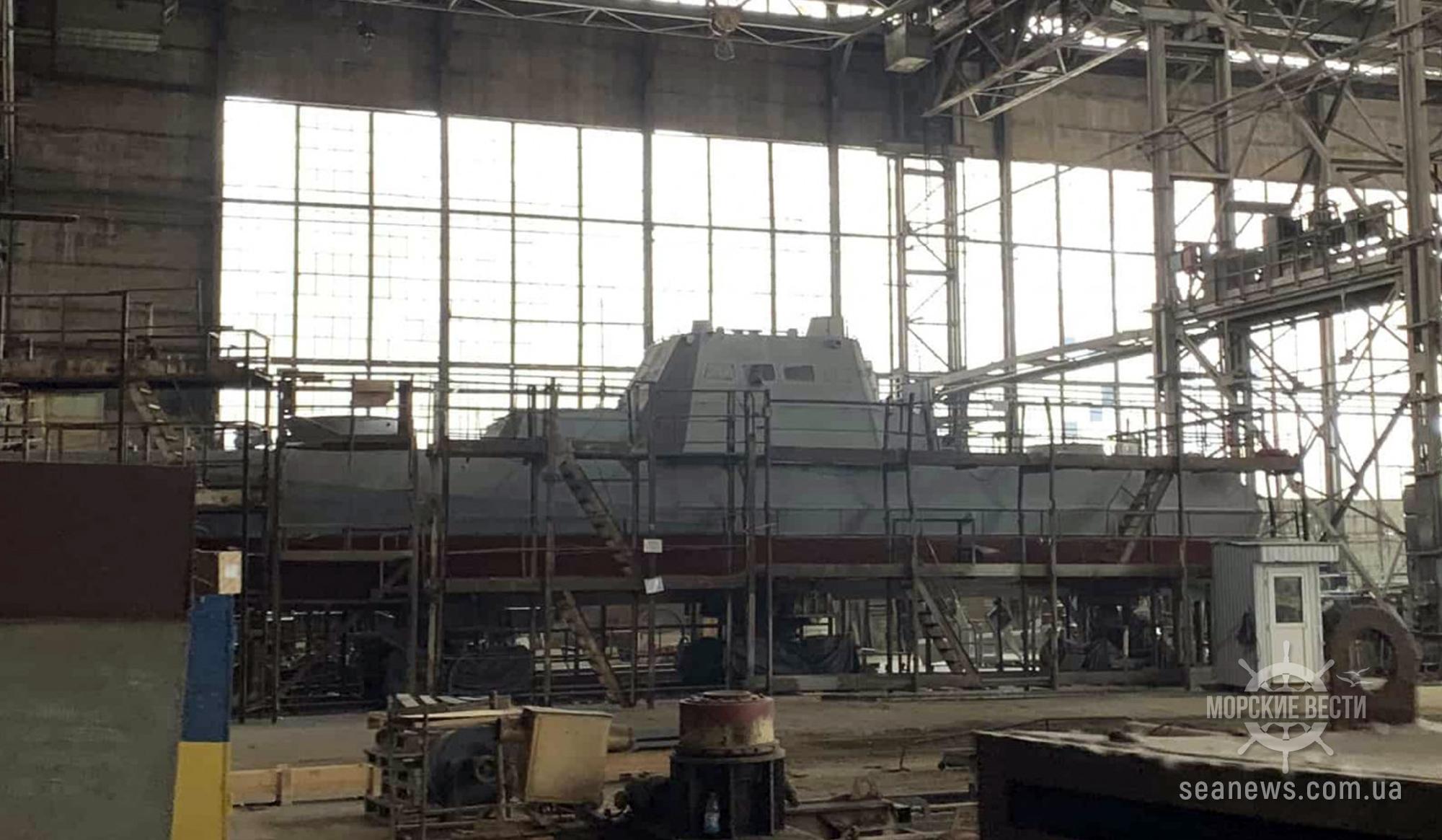 Столичный завод остановил строительство катеров для ВМС Украины