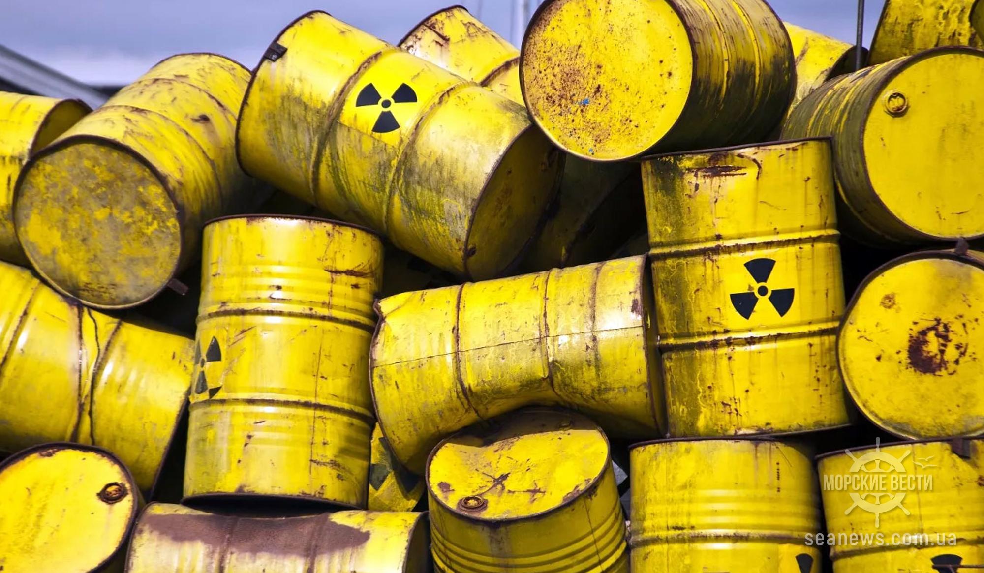 Япония окончательно решила слить в море миллион литров радиоактивных отходов