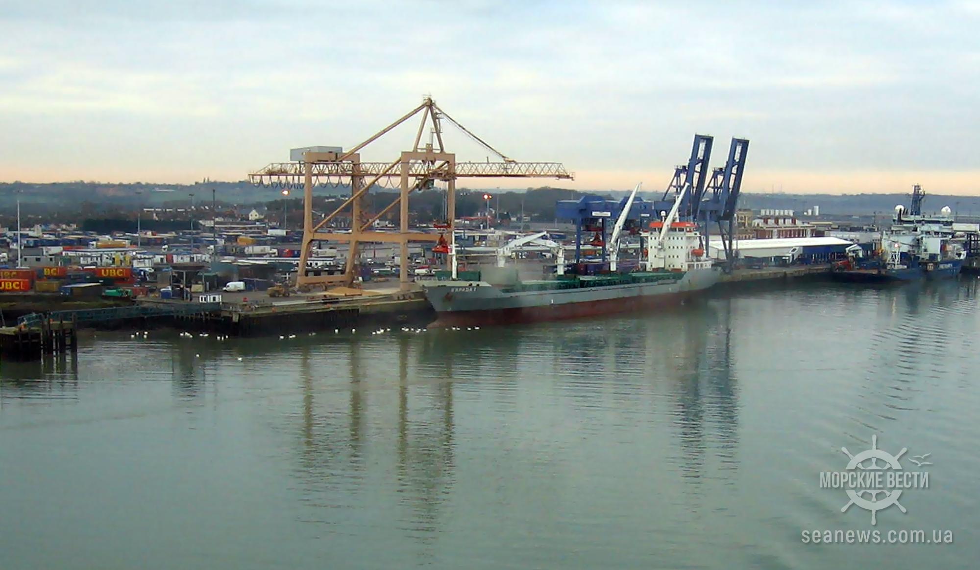Boskalis углубит подходный канал в акватории порта Харвич